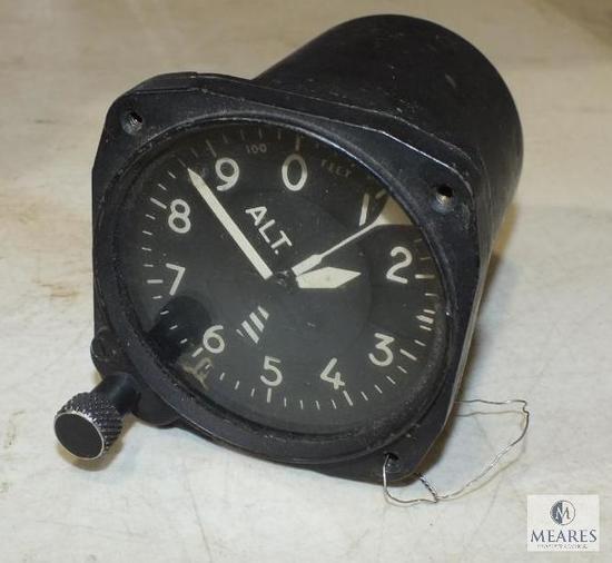 Vintage Altimeter Airplane Altitude Gauge