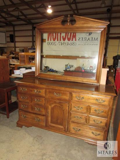 Wood Dresser with Mirror 7 Drawer & 1 Cabinet