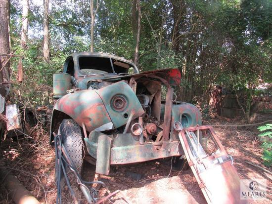 Old Mack Truck for Scrap or Parts