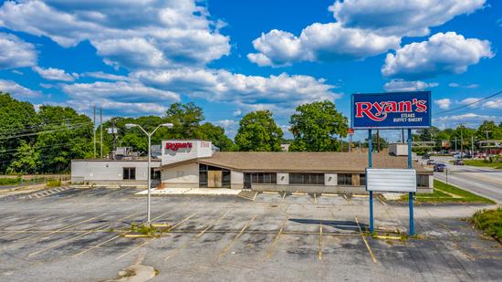 Former's Ryan's Steakhouse Location - 1% BP