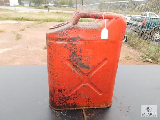 US Metal Fuel Can approximately 5 gallon NO Cap
