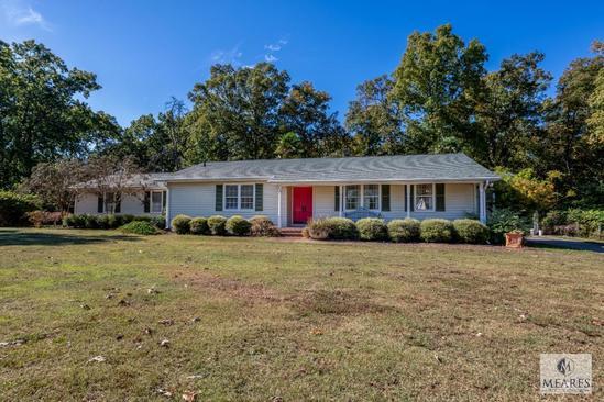 Original Owner Ranch Home on ...0.88 Acre Level Lot - Lyman, SC