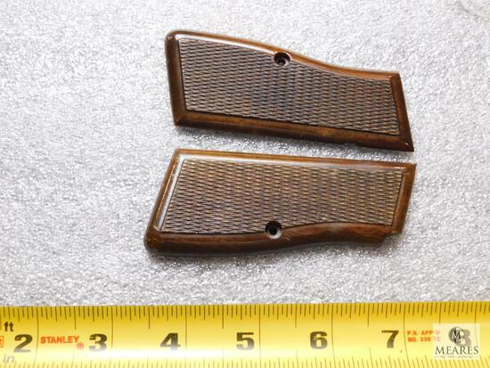 Browning Hi-Power Checkered Wood Grips
