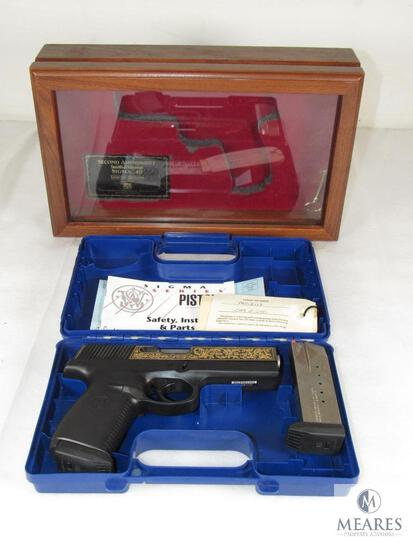 New Smith & Wesson Sigma .40 S&W USA Second Amendment Collector's Pistol with Display