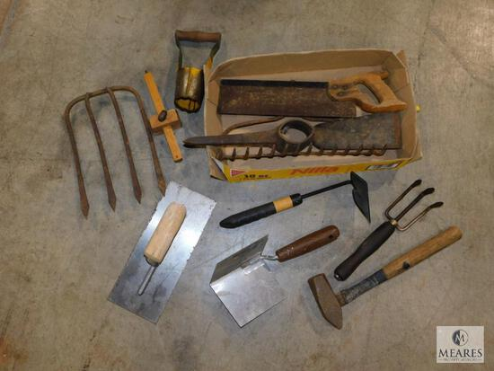 Lot of Yard Tool Heads & Trowels and Gardening Tools