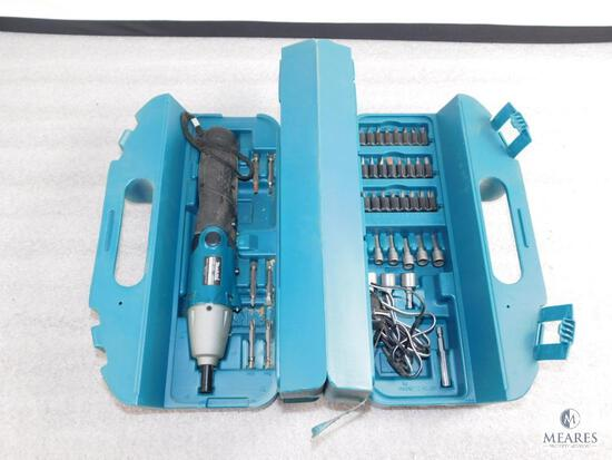 Makita Cordless Screwdriver Kit #6722D with Case, Charger, and Set of Bits