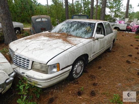 1999 Cadillac Deville Passenger Car, VIN: 1G6KD54Y4XU744426