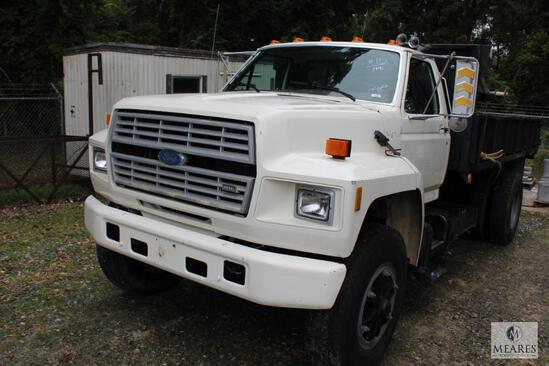 1991 Ford F-800 Dump Truck w/Approximately 12' Bed