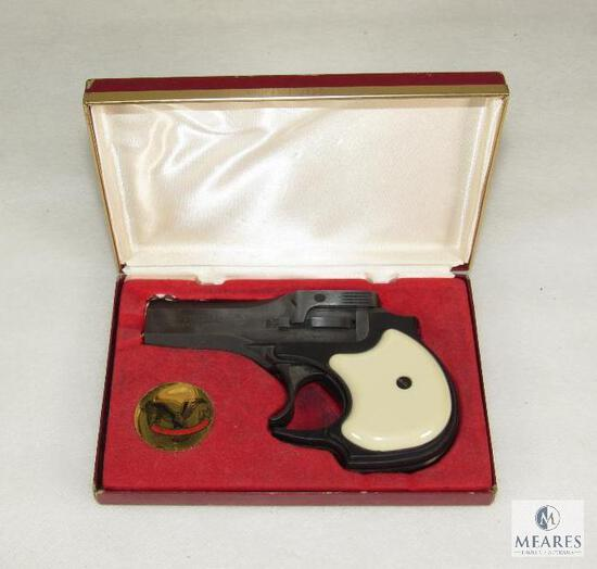 New in Box Hi-Standard D-100 Derringer .22 LR Pocket Pistol