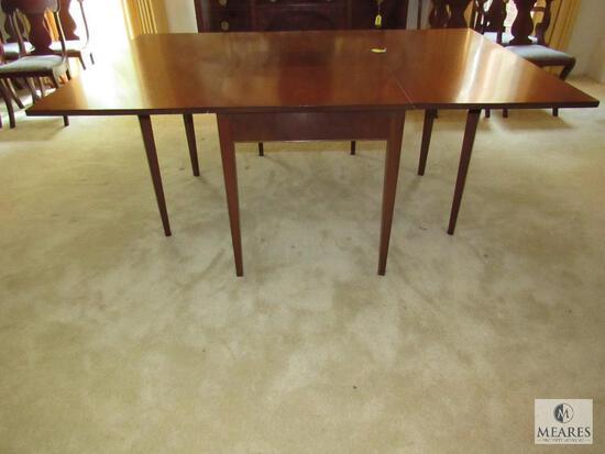 Vintage Oak Dining Room Drop Leaf Gate Leg Table