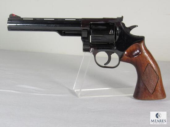 """Dan Wesson .357 Magnum 6"""" Barrel Revolver"""