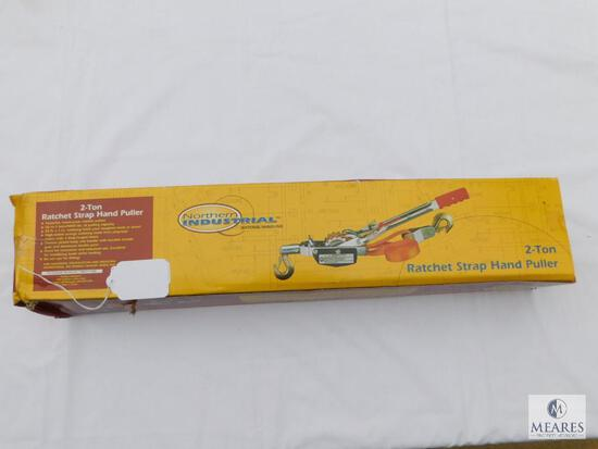 Northern Industrial 2-Ton Ratchet Strap Hand Puller