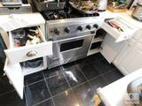 Kitchen Cabinet & Drawers lot - Pans, Colander, Knives, Sheet pans and more