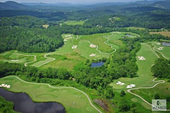 YOUR CHOICE - GOLF OR HORSEBACK RIDING AT BRASSTOWN VALLEY