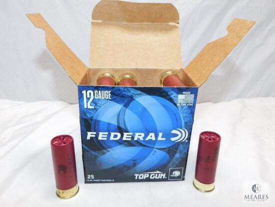"25 rounds Federal Top Gun .12 gauge shotgun shells. 2 3/4"" 7 1/2 shot 1200 FPS."