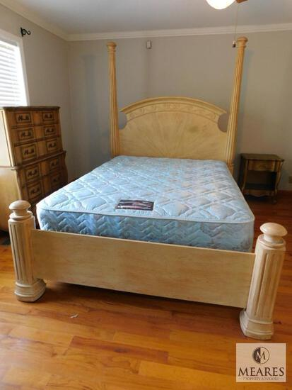 Queen Size Column Poster Bed Frame