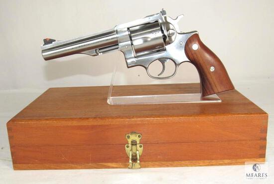 Ruger Redhawk .357 Magnum Revolver with Wood Case