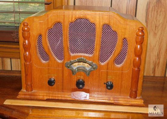 Thomas Vintage Style Electric Radio