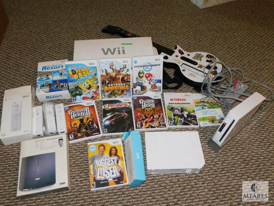 Nintendo Wii Set Console with Lots of Games & Accessories