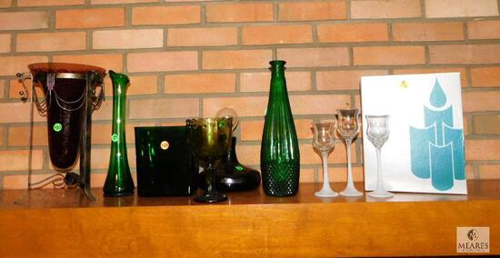Lot of Assorted Colored & Clear Glass Decorative Pieces