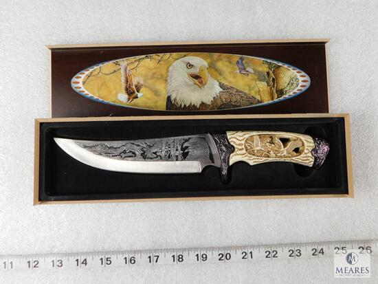Fixed Blade Knife with Eagle Engraving Handle with Decorative Box