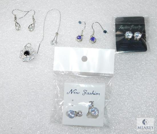 Lot Of Sparkling Fashion Jewelry