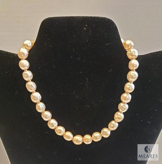 """Vintage 14"""" Freshwater Pearl Necklace"""