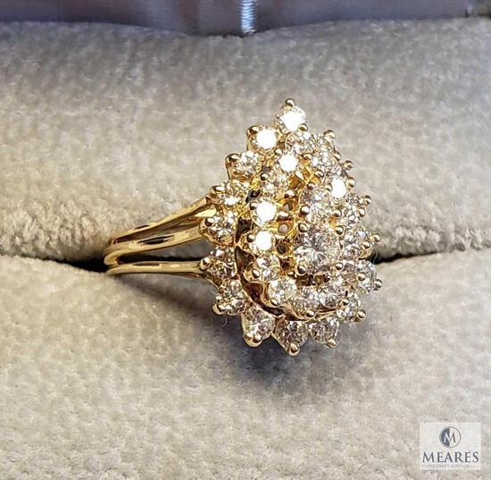 14KT Yellow Gold Pear Shaped Diamond Ring