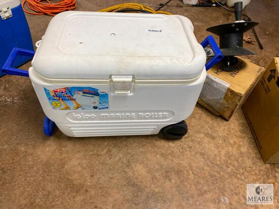 IGLOO Marine Cool Roller Ice Chest (PICKUP ONLY)