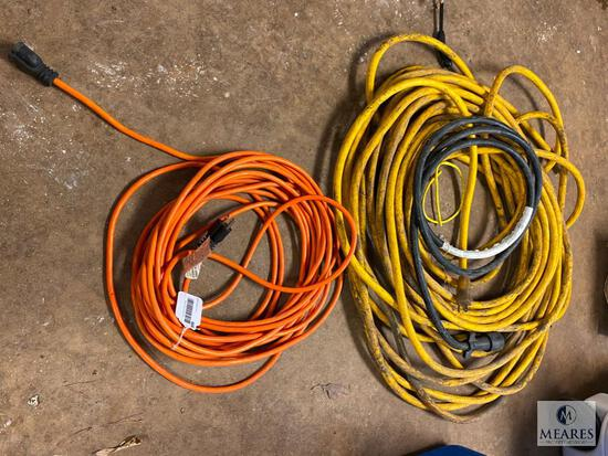 Group of Extension Cords (PICKUP ONLY)