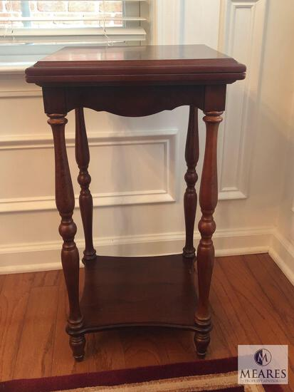Bombay Wood Spindle Leg Side Table or Plant Stand with Fold Out Top