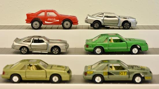 SCALE: 1/38 CARS: (1) SS912 1/38 MUSTANG W/LEOPARD HONG KONG; (1) SS912 MADE IN CHINA GREEN; (1) GT