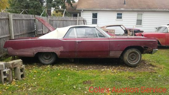 1967 Plymouth Fury convertible for parts or restoration. V8 engine with automatic transmission.