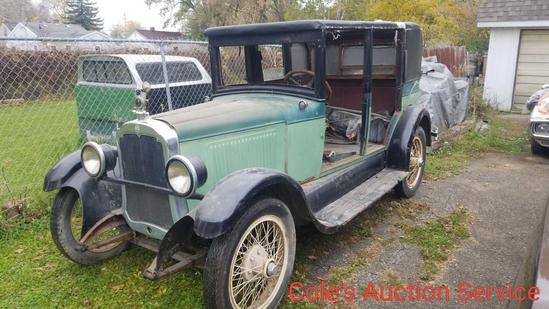 1927 Oldsmobile features a straight-6 engine that the block has been repaired, manual transmission,