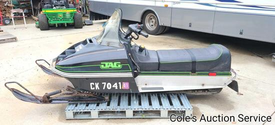 1978 vintage Arctic Cat Jag 2000 snowmobile and nice condition. Runs and drives great!