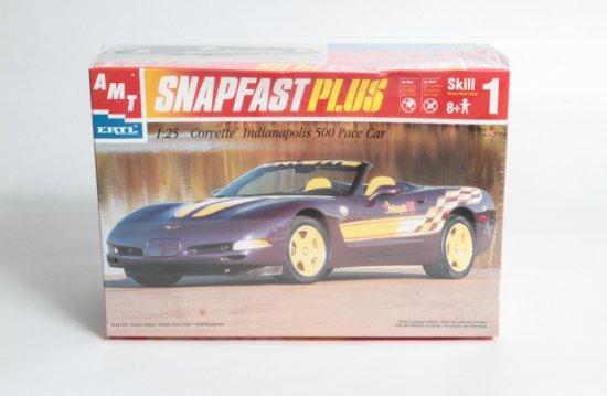 AMT SnapfastPlus Corvette Indianapolis 500 Pace Car #30021