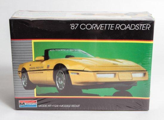 Monogram 1987 Corvette Roadster #2742