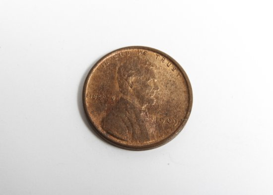1909 VDB Lincoln cent, nice AU, lots of underlying mint luster