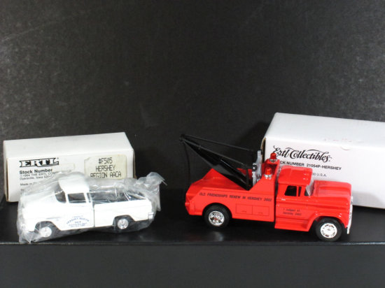 Lot of Two Ertl Collectibles Hershey Meet Commemoratives, 1995 and 2002