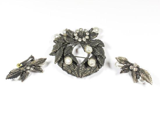 Signed Hobe Vintage Pearl Broach & Earring Set