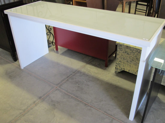 6' long white work table