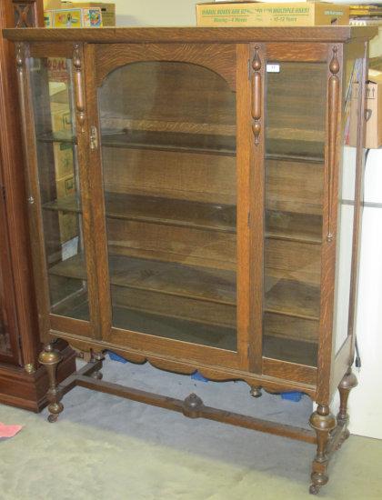 Quarter sawn oak china cabinet