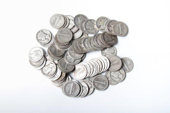 Lot: 85 well circulated Mercury dimes