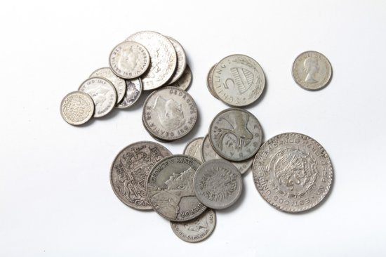Lot: 22 silver foreign coins