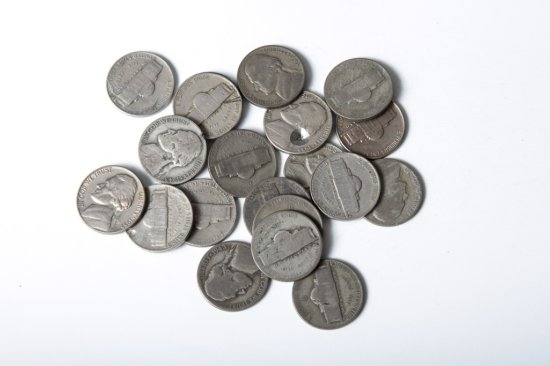 Lot 20: circulated Jefferson nickels