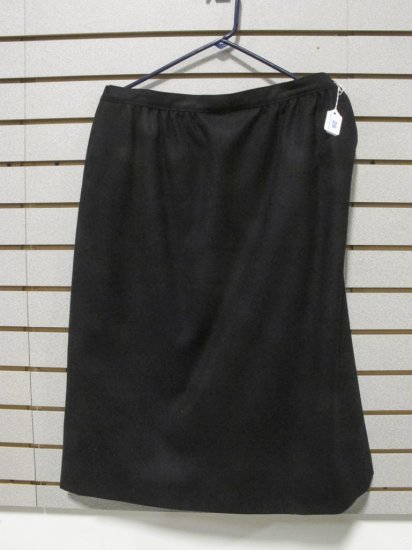 Pendleton Women's Black Wool Straight Skirt