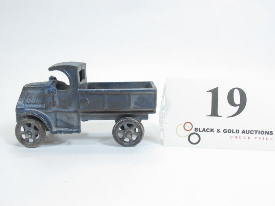 """4-1/4"""" Hubley Cast Iron Flat Bed Delivery Truck"""