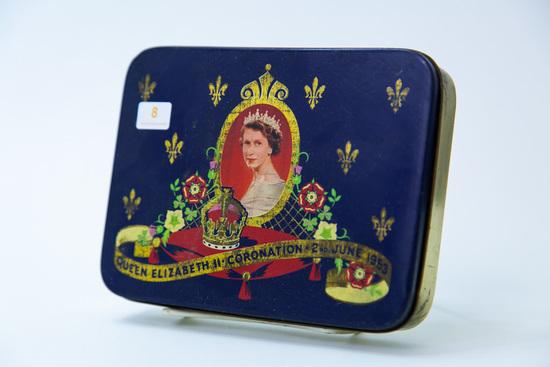 Queen Elizabeth II Coronation tin