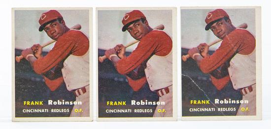 1957 Topps #35 Frank Robinson (HOF) Rookie (3)
