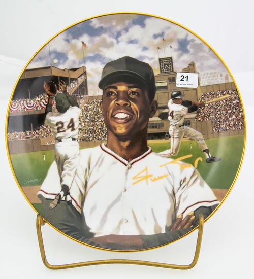 "Willie ""Say Hey"" Mays -- Bradford Exchange plate"